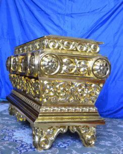 Позолоченная Гробница для храма 2