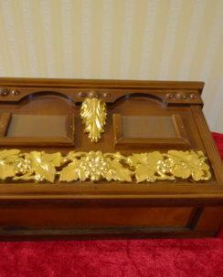 ящик для пожертвований с позолотой