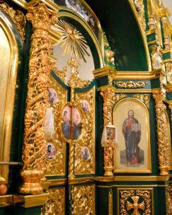 Виноградная колонна на иконостасе
