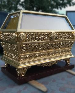 гробница церковная золоченая