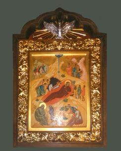 Рождество Иисуса Христа в резном киоте