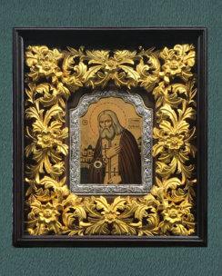 Икона Серафим Саровский (с гравировкой, в киоте с резной рамой)
